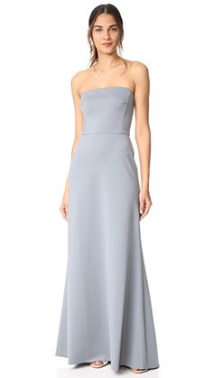 MONIQUE LHUILLIER BRIDESMAIDS STRAPLESS GOWN. #moniquelhuillierbridesmaids #cloth #