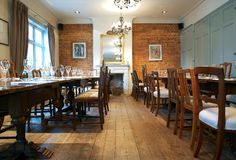 Beautifully restored pub in North London with elegant dining room. The Adam and Eve Wedding Venue