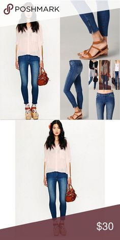 🌵FP Ankle Zipper Skinny Jeans 🌵Ankle Zipper Skinny Jeans 🌵In excellent condition I will trade for same jeans in 24 or SELL Free People Jeans Ankle & Cropped