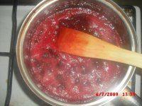 Rybízová šťáva a marmeláda