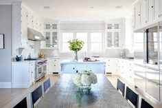 1_dodson-interiors-whitekitchen