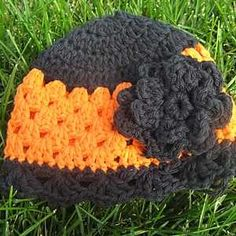 This crochet hat pattern is the perfect design to sport during the Halloween season.
