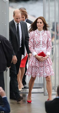 Kate looks every inch the glamorous young royal as she and Wills leave Prince George and Princess Charlotte with their nanny while they enjoy a day in Vancouver | Daily Mail Online