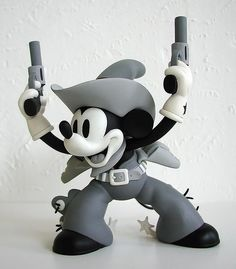 Medicom Two Gun Mickey vinyl figure