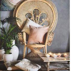 Har igjen 1 stk påfuglstol i natur❤️ ligger under salget på klær&interiør til 50% og 200kr i frakt Fantastisk fin👏🏻
