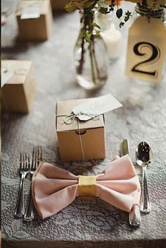Bow napkins - Inspiration for my actual tablescape!