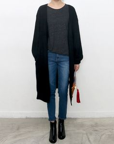 Long black sister + booties + jeans #Fall #FallFashion #WomensOutfitInspo