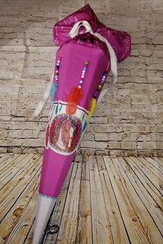 Eine Traumfänger Schultüte zur Einschulung von Anett. Gefunden in der Facebookgruppe 'www.stoff.love FANS'