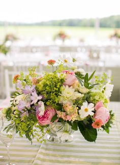 elegant pink and blush wedding centerpieces