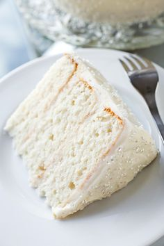 Winter Snow Flurry Cake with Fluffy Eggnog Frosting and Sugar Snow Crystals | thecozyapron.com