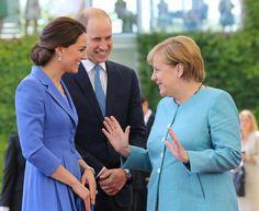 🔴🔴🔴#RoyalTourGermany 👑🇬🇧🇩🇪 . The Duke and Duchess are formally welcomed to Germany by Chancellor Angela Merkel.  #RoyalVisitGermany 🇩🇪🇩🇪🇩🇪🇬🇧🇬🇧🇬🇧 ✨ ✨✨❤️❤️❤️💐💐💐💍💍💍👑👑👑 . #avankhsherwani#katemiddleton#duchessofcambridge#erbil#hawler#kurdistan#princewilliam#kensingtonpalace#PrinceGeorge#buckinghampalace#London#buckinghampalace#germany#berlin