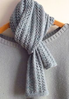 Little Leaf Lace Scarf free knitting pattern - 10 Free Knitted Scarf Patterns #knittingpatternsscarves