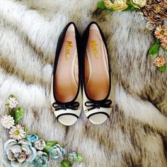 Cream & Black Peep Toe Flats Cream and black peep toe flats with a little bow on top! Screams cute and girly! Brand new in box. Mixx Shuz Shoes Flats & Loafers