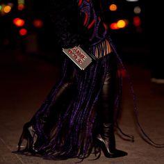 AMAZING details! {O que são essas franjas do vestido minha gente? } | @skazioficial  @uraniagazelli  @casadeiofficial! #ootn #thassiastyle #thassiaNYFW #LTKxMishaNonoo by thassianaves
