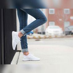 Nike Juvenate total white #nikejuvenate #white #woman #nike#perfect #culturaurbanashop