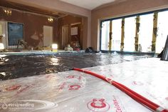 Fully insulated floor with floating membrane almost ready for the screed.