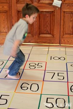 An exciting game to teach children how to count by fives. This game could easily be adapted to for learning letters, numbers, times tables and more! View this kids activity at Learn ~ Play ~ Imagine!