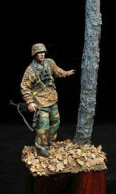 German SS and a very realistic tree