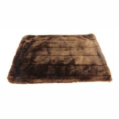 Favorite Pet Products Tiger Dreamz Luxury Bed 39 by Caramel Cocoa >>> Check this awesome product by going to the link at the image. (This is an affiliate link) Heated Pet Beds, Luxury Pet Beds, Faux Fur Bedding, Crate Bed, Dog Branding, Bed Mats, Pet Paws, Tiger, Dog Accessories