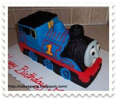 Free tutorial to guide you through the process of creating your very own Thomas the Tank Engine cake. Take an adventure in creativity and make a 3-dimensional cake for someone special today! Perfect for the birthday party of your favorite little engineer.