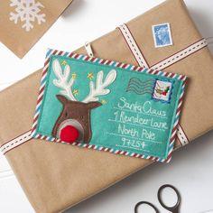 Felt Letter To Santa Envelope Purse. I'm in l♥ve with this! | Letter To Santa Felt Purse {large image https://d2dwdsyg32uj5v.cloudfront.net/system/product_images/images/001/732/697/original_letter-to-santa-felt-purse.jpg?1405597607} #rudolf #reindeer