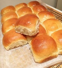 Bakery Recipes, Snack Recipes, Cooking Recipes, Snacks, Pan Relleno, Bread Cake, Happy Foods, Food Platters, Bread Baking