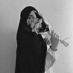 Stylish Hijab, Hijab Chic, Arab Girls Hijab, Muslim Girls, Hijabi Girl, Girl Hijab, Islam Women, Hijab Cartoon, Muslim Women Fashion