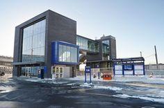 REPENTIGNY, Québec - Gare Repentigny par Girard Côté Bérubé Dion architectes, Train de l'Est, Repentigny, Québec. Photo par Jérôme Laferrière .