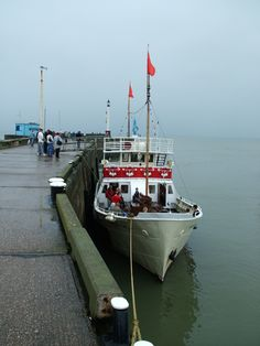 The Yorkshire Belle in Bridlington Harbour. Trips past Flamborough Lighthouse and up to Bempton Cliffs. East Yorkshire, Seaside Towns, Durham, Sheffield, Leeds, East Coast, Old And New, Lighthouse, Britain