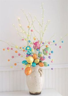 Celebrate the joy of this season along with nature with some adorable Easter tree decoration ideas. Don't Know How To Make An Easter Tree Browse 50 Beautiful Eater Decoration Ideas. Easter will marks the beginning of spring for many of us. Easter Tree Decorations, Easter Wreaths, Easter Centerpiece, Spring Decorations, Easter Table, Easter Party, Spring Crafts, Holiday Crafts, Spring Home Decor