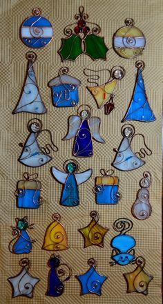 Stained glass Christmas ornaments – Arts and Crafts Stained Glass Tattoo, Stained Glass Rose, Stained Glass Cookies, Stained Glass Ornaments, Stained Glass Christmas, Stained Glass Suncatchers, Stained Glass Designs, Stained Glass Panels, Stained Glass Projects