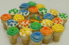 Another Wednesday brings around another Color Throwdown challenge , and this week Barbara is our hostess. She found these yummy ice cre. Love Cupcakes, Baking Cupcakes, Good Color Combinations, Color Combos, Daffodil Cake, Cupcake Cones, Cupcake Ideas, Things That Go Together, Colorful Ice Cream