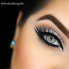 How to make your eyeliner stay on all day? Eyeliner is one of the essential items that should be in your makeup bag as it works in conjunction with your mascara to create large, beautiful eyes that st. Pretty Makeup, Love Makeup, Makeup Inspo, Makeup Inspiration, Black And White Makeup, Gorgeous Makeup, Simple Makeup, White Eyeliner Makeup, Eyeliner Ideas