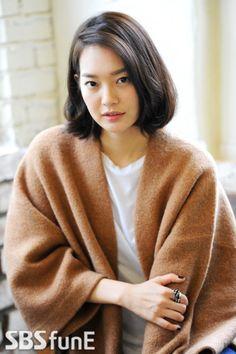 Latest Shin Min Ah Kpop short haircut + Photo kpop Haircut trends Check Shin Min Ah Fashion, Short Hair Cuts, Short Hair Styles, Korean Haircut, Hair Meaning, Great Haircuts, Trending Haircuts, Korean Actresses, Damaged Hair