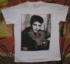 Had this shirt... Loved this shirt!