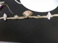 Another beachy shell headband or crown that I made...thinking about a warm vaca