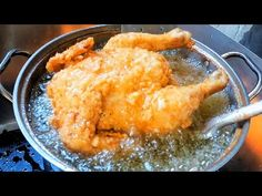 THE SECRET OF SUPER CRISPY AND JUICY FRIED CHICKEN   THE BEST OF ALL FRIED CHICKEN - YouTube Making Fried Chicken, Fried Chicken Recipes, Crispy Chicken, Turkey Recipes, Meat Recipes, Cooking Recipes, Cooking Food, Recipies, Pollo Stroganoff