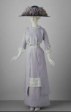 Robe de jour, GB, circa 1910, conservée au V.