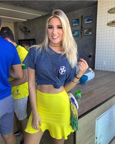 x #vemhexa #worldcup2018 Summer Pictures, Summer Pics, Go Brazil, Football Girls, And Just Like That, Sensual, Sexy Body, Beauty Women, My Girl