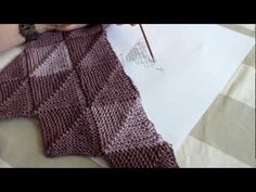 DROPS Knitting Tutorial: How to work a half domino square (horizontal). - YouTube