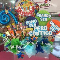 Creaciones D'encantos C.A.  (@dencantos)   Instagram photos and videos Gift Bouquet, Candy Bouquet, Balloon Bouquet, Balloon Arrangements, Balloon Decorations, Birthday Bouquet, Ideas Para Fiestas, Cafe Food, Chocolate Gifts