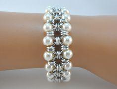 Chainmaille japonés pulsera con perlas de cristal marfil cota