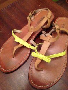 Je viens de mettre en vente cet article  : Sandales plates  Mellow Yellow 18,00 € http://www.videdressing.com/sandales-plates-/mellow-yellow/p-3939633.html?utm_source=pinterest&utm_medium=pinterest_share&utm_campaign=FR_Femme_Chaussures_Sandales%2C+nu-pieds_3939633_pinterest_share