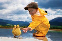 Duck and kids, Cute animal photo Cute Animal Photos, Tier Fotos, Animal Photography, Cute Animals, Children, Desserts, Animals, Kids, Pretty Animals