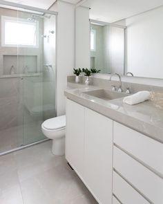 Architecture Bathroom, Bathroom Remodel Shower, House Bathroom, Bathroom Interior Design, Bathroom Decor Apartment, Diy Bathroom Decor, Bathroom Design Luxury, Bathroom Decor, Bathroom Design Options