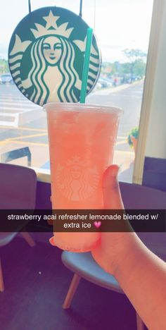 starbucks slushee - - starbucks slushee Sophia's pins strawberry acai refresher lemonade blended with extra ice. perfecttt on a hot day. Healthy Starbucks Drinks, Starbucks Secret Menu Drinks, Starbucks Coffee, Frappuccino, Smoothie Drinks, Smoothies, How To Order Starbucks, Starbucks Refreshers, Apple Pie