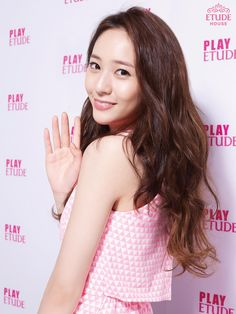 Krystal ❤️Cr: dearestyoona