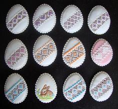 Vajíčka vyšívané II +patchworkový zajo.JPG (644×600)