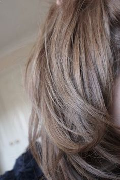 STYLESUZI : Darker side of things... My new darker hair colour, it is VERY ashy, even more ashy in real life, verging but thank god its not into the green zone...