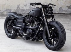 """Guerrilla"" Harley Davidson Dyna by Rough Crafts"